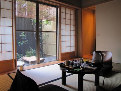 ryokan entdecke japan tipps und infos zur reise nach japan ryokan fl ge hotels japan rail pass. Black Bedroom Furniture Sets. Home Design Ideas